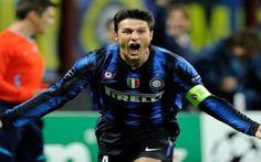 """Zanetti: """"Inter, il problema sono i nuovi arrivati..."""" Ai microfoni de Il Giornale, Javier Zanetti parla dell'Inter e affronta diversi argomenti: dall'espansione in Cina al mercato estivo, fino a giungere a Roberto Mancini, attuale tecnico nerazzuro. """"In #calcio #inter #zanetti #calciomercato"""
