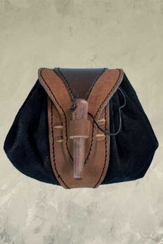 Leather Belt Pouch - Brown. £20.00