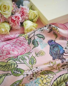 Rose pink & lemon yellow 🌸🌻🌸🌻🌸 A colour palette to make the heart sing, with our favourite summer florals making an appearance 🎀 Romantic scarves designed to bring joy & magic to the everyday 🎀 Pink Lemon, Scarf Design, Silk Scarves, Pink Roses, Fashion Brand, Florals, Palette, Tapestry, Romantic