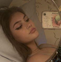 Cute Makeup, Makeup Looks, Looks Pinterest, Girls Mirror, Indie Girl, Look Girl, Selfie Poses, Girls Selfies, Insta Photo Ideas