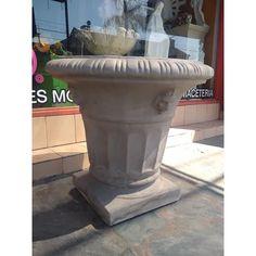 Maceta De Cemento | Mercado Libre Concrete Bowl, Fountain, Outdoor Decor, Home Decor, Square Planters, Cement Pots, Free Market, Gardens, Home