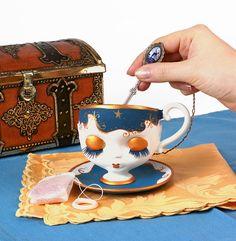 Blythe tea cup