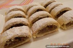 Mini záviny s ořechovou nádivkou Krispie Treats, Rice Krispies, Nutella, Food And Drink, Sweets, Bread, Mini, Baking, Recipes