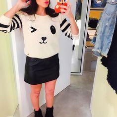 Invierno llega YA! ❤️ y saben que odio el frío pero chusmeando la nueva colección de @comoquieresar en @alto_palermo me fascine con todooo sobre todo este sweater y los borcegos que son re comodos   #fashionista #fashionista #fashionblogger #look #style #bear #ootd #outfit #selfie #case #iphonecase