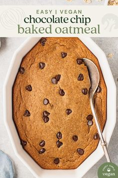 Take your breakfast to the next level with this vegan and gluten-free chocolate chip baked oatmeal. It is easy to make, requires simple ingredients, and absolutely delicious! #vegan #tiktok #bakedoats #bakedoatmeal #tiktokrecipe #sweetsimplevegan #veganrecipe #veganbreakfast #mealprep #veganmealprep #glutenfree #oatmeal #chocolatechip #eggfree #dairyfree Vegan Dessert Recipes, Vegan Breakfast Recipes, Vegan Recipes Easy, Whole Food Recipes, Breakfast Ideas, Veg Recipes, Gluten Free Oatmeal, Gluten Free Chocolate, Vegan Chocolate