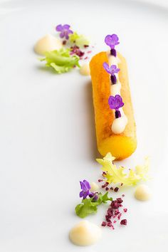 Lavender, Potatoe, Truffle Mayonnaise by Simon. Food Styling, Food Photography Styling, Fruits Decoration, Modernist Cuisine, Plate Presentation, Think Food, Molecular Gastronomy, Edible Art, Culinary Arts