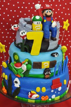 One of my first cake, didnt know at the time i was supposed to put support dowels in the cake, my son loved it anyway :) Super Mario Brothers