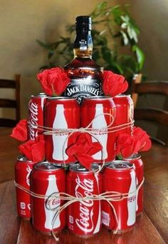 Diy valentines gifts - Creative Valentines Day Gifts For Him To Show Your Love – Diy valentines gifts Diy Gifts For Men, Cute Gifts, Men Gifts, Present Ideas For Men, Funny Gifts For Men, Gift For Guys, Homemade Gifts For Men, Boss Gifts, Unique Gifts For Him