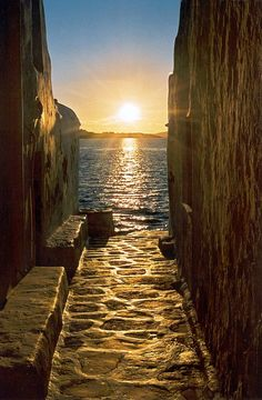 #Mykonos, Greece... Oh The Places You'll Go, Places To Travel, Places To Visit, Dream Vacations, Vacation Spots, Croquis Architecture, Wonderful Places, Beautiful Places, Beautiful Sunset