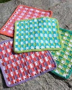 Crochet Modern Gingham Dishcloth. sugarncream.com
