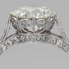 ornate beautiful ring