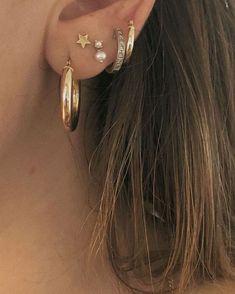 Ear Jewelry, Dainty Jewelry, Cute Jewelry, Jewelry Accessories, Jewlery, Silver Jewelry, Bling Bling, Pretty Ear Piercings, Ear Peircings