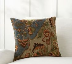 V Rugs & Home Amelie Square Pillow