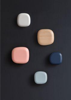무심한듯 툭, 자유롭게 배치해보세요 #인테리어 #실내인테리어 #옷걸이 #DOUCH #비치우드 #무니토 #가구 Material Board, Elements Of Color, Graphic, Design Process, Design Lab, Colour Pallette, Color Combinations, Design Reference, Bunt