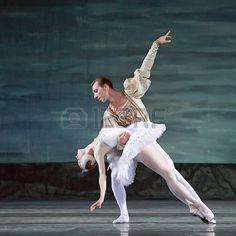 CHENGDU 24 de DEC Ballet del lago de los cisnes interpretada por ballet real rusa en teatro de Jinsh Foto de archivo