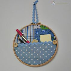 make-your-own fabric hoop pocket