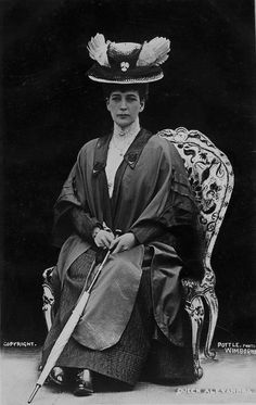 loveisspeed.......: 1887 Queen Alexandra ....