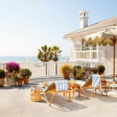 """Editor's Choice: 10 Best Summer Hotels on the Water. Shutters on the Beach, Santa Monica, California. """"I love Shutters for its pure California vibe with a low-key but assured sophistication. It's also right on one of the best stretches of sand in the state. And you cannot beat the neighboring Santa Monica Pier for old-fashioned summer fun and seafood, Ferris wheel and all."""" Coastalliving.com"""
