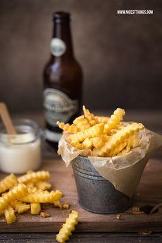 Riffelpommes, Pommes mit Wellenschnitt, Wave Cut Fries Photography
