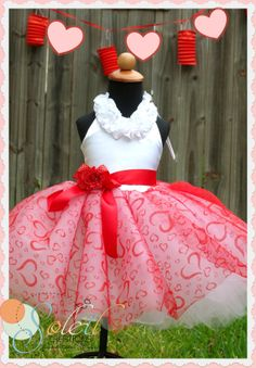 Girls Valentines Day Tutu Dress by SCbydesign on Etsy Diy Tutu, Birthday Tutu, Birthday Dresses, Princess Birthday, Princess Tutu Dresses, Flower Girl Dresses, Tutu Costumes, Fairy Costumes, Valentine's Day Outfit