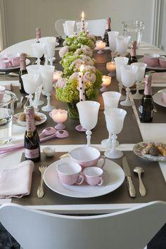 Penelope Table
