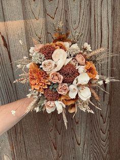 Wedding Goals, Wedding Themes, Our Wedding, Wedding Planning, Dream Wedding, Western Wedding Ideas, Fall Wedding Colors, Floral Wedding, Bohemian Wedding Flowers