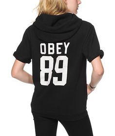 """The soft fleece construction paired with the relaxed fit offers premium comfort, while the script chest graphic and """"Obey 89"""" text graphic at the back elevates your style."""