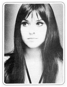 Melanie Safka (US songwriter of Woodstock fame) - photo from the late probably 1969 Melanie Safka, Fleetwood Mac, Stevie Nicks, Female Singers, Celebs, Celebrities, Girls Be Like, American Singers, Rock Music