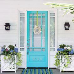 7 Amazing Useful Ideas: Coastal Plants Summer coastal cottage entryway.Coastal Home Entryway coastal living room artwork. Aqua Door, Turquoise Door, Blue Doors, Turquoise Cottage, Gazebos, Front Door Makeover, Front Door Colors, Aqua Front Doors, Beach Cottages