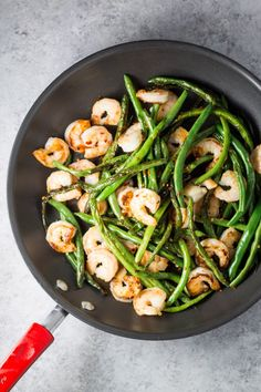 Spicy, simple and oh-so-yummy, this 25-minute Low FODMAP Shrimp & Green Beans recipe is one of my faves! Not only can it be made gluten-free and whole30 compliant, but it's also great for a easy weeknight stir-fry!