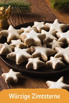 cinnamon stars - Christmas is the best time of the year! As soon as it gets cold outside, we look forward to delicio -Spicy cinnamon stars - Christmas is the best time of the year! As soon as it gets cold outside, we look forward to delicio - Salad Recipes Healthy Lunch, Salad Recipes For Dinner, Chicken Salad Recipes, Healthy Desserts, Creamy Cucumber Salad, Creamy Cucumbers, Desserts Sains, Vegetable Drinks, Food For A Crowd