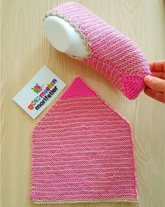 How to make booties with bow crochet or knit salvabrani – Artofit Knit Slippers Free Pattern, Crochet Socks, Knitting Socks, Free Knitting, Crochet Stitches, Crochet Baby, Knit Crochet, Baby Knitting Patterns, Crochet Patterns