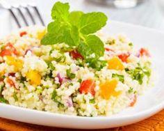 Mit Orange vitaminisiertes Taboulé: www.fourchette-et . - [board_name] - Bikini Veggie Recipes, Great Recipes, Healthy Recipes, Healthy Food, Orange, Middle Eastern Recipes, Arabic Food, Health Eating, Easy Food To Make