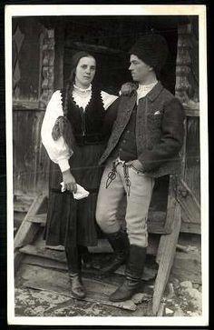 Hungarian Women, Folk Clothing, Folk Dance, Ethnic Fashion, Hungary, Budapest, Monochrome, The Past, Black And White