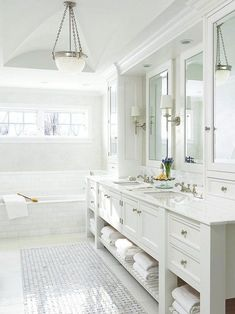 Luxury Bathroom Master Baths Dark Wood is utterly important for your home. Whether you pick the Bathroom Ideas Master Home Decor or Master Bathroom Ideas Decor Luxury, you will create the best Luxury Bathroom Master Baths Paint Colors for your own life. Dream Bathrooms, Beautiful Bathrooms, White Bathrooms, Luxury Bathrooms, Peach Bathroom, White Master Bathroom, Simple Bathroom, Small Elegant Bathroom, Master Bath Layout