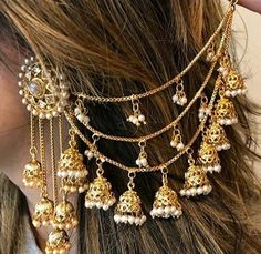 6 Cheap And Easy Cool Tips: Paper Jewelry Diy Minimalist Jewelry Beads. Indian Jewelry Earrings, Indian Jewelry Sets, Jewelry Design Earrings, Indian Wedding Jewelry, Ear Jewelry, Cute Jewelry, Jewelry Box, India Jewelry, Girls Jewelry