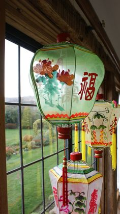 Home Interior Velas Chinese Lamps, Chinese Paper Lanterns, Natural Bedroom, Natural Home Decor, Quirky Home Decor, Cheap Home Decor, Vintage Lanterns, Vintage Chinese Lanterns, How To Make Lanterns