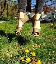 Spring has sprung! Time to dust off those Solstice Sandals ;)