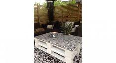 DIY palettes : 39 meubles canon pour l'extérieur ! Bar En Palette, Table Palette, Outdoor Furniture Plans, Pallet Furniture, Managua, Tola, Terrace, Entryway, Diy Projects
