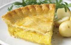 Cheese and Onion Pie. Simple but delicious. Mix Cheddar and Caerphilly for the filling.adapt Inc leek and spring onion Cheese Pies, Easy Cheese, Empanadas, Pie Recipes, Cooking Recipes, Onion Recipes, Cheese Recipes, Dessert Recipes, Cheese And Onion Pasty