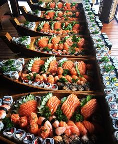 Sushi Recipes, Asian Recipes, Healthy Recipes, I Love Food, Good Food, Yummy Food, Sushi Buffet, Sleepover Food, Japanese Food Sushi