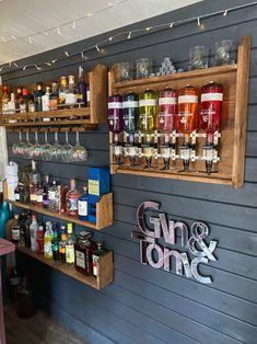 Outdoor Garden Bar, Garden Bar Shed, Diy Outdoor Bar, Backyard Bar, Patio Bar, Home Bar Rooms, Diy Home Bar, Home Pub, Home Bar Decor