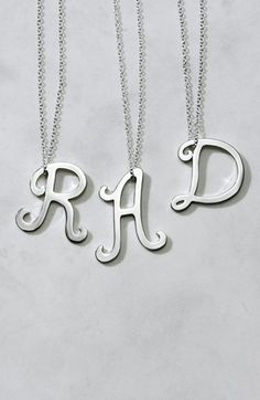 We love these initial pendant necklaces!   http://rstyle.me/n/dh8hsnyg6
