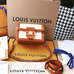Great style for summer! Louis Vuitton, Classy, Mini, Summer, Bags, Collection, Style, Fashion, Handbags