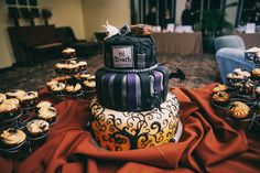 Historic Cemetery Wedding with the Bride Arriving in a Coffin  Cool cake and cupcakes