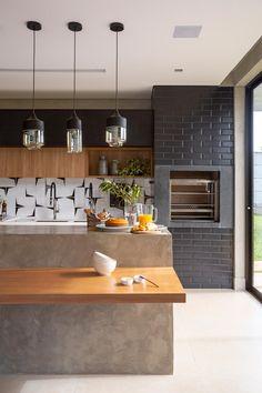 Kitchen Interior, House Design, Kitchen On A Budget, Kitchen Dining Room, Kitchen Dining, Home Kitchens, Home Design Decor, Outdoor Kitchen, Kitchen Design