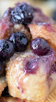 Slow Cooker Blueberry Bread Pudding