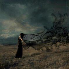 Aleja los miedos, sé fuerte.  Desenvuelve tus defectos.