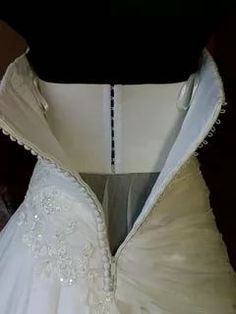 Pattern Drafting Tutorials, Sewing Tutorials, Dress Patterns, Sewing Patterns, Couture Sewing Techniques, Long Skirt Outfits, Headpiece Jewelry, Modelista, Corset Pattern
