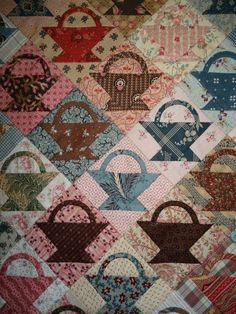 Civil war quilt of baskets made of reproduction fabric Amische Quilts, Mini Quilts, Antique Quilts, Vintage Quilts, Vintage Sewing, Quilt Block Patterns, Quilt Blocks, Hexagon Quilt, Make Do